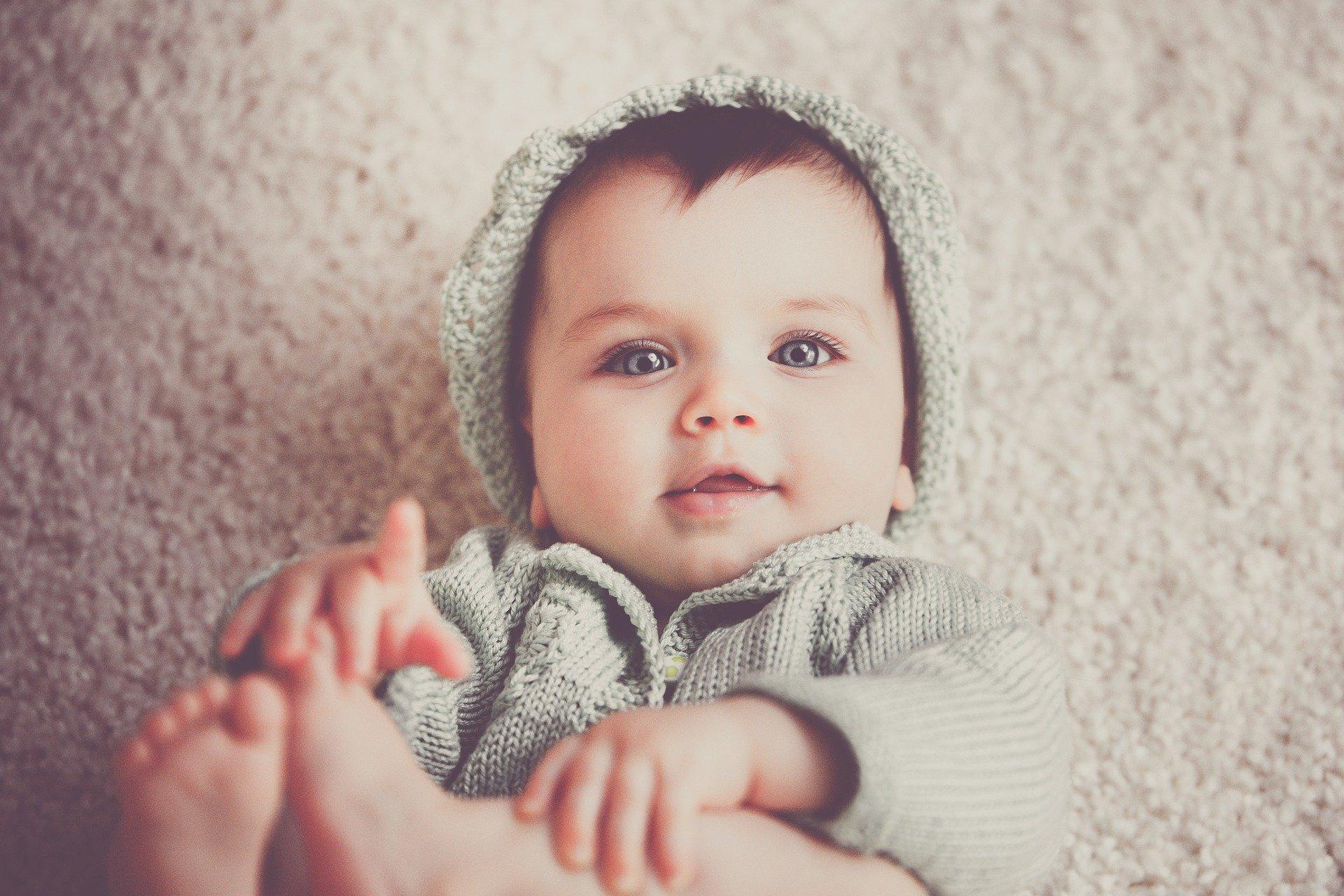 Co zrobić po urodzeniu dziecka? Gdzie zgłosić narodziny dziecka? Kogo o tym poinformować?